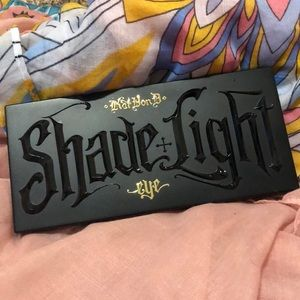 Shade and Light KVD eyeshadow palette